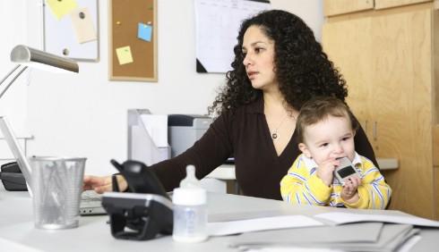 Portare il lavoro a casa causa stress: come evitarlo?