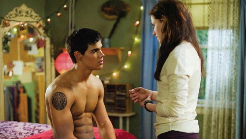 Breaking Dawn Parte 2: Kristen Stewart ama Jacob nudo