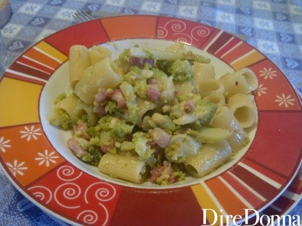 Mezze maniche con broccoli