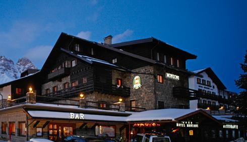 Viaggio sulle Dolomiti: sci, benessere e sapori autentici