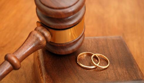 Famiglia: meno divorzi, più affidamenti condivisi