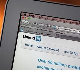 Profilo su LinkedIn? Attenzione agli aggettivi banali