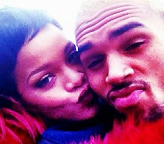 Rihanna, crisi risolta con Chris Brown