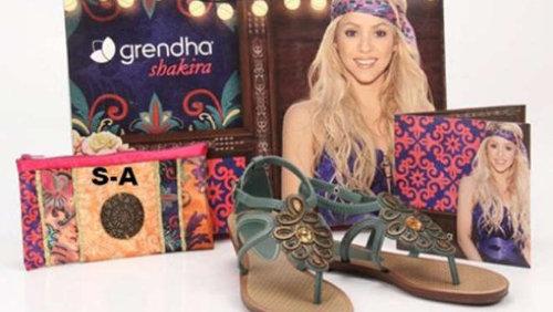 Matrimonio Gipsy Stilista : Shakira: stilista per la sua linea di sandali diredonna