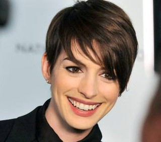 Anne Hathaway ne La Bisbetica Domata