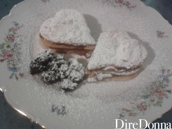 Cuoricini con zucchero a velo