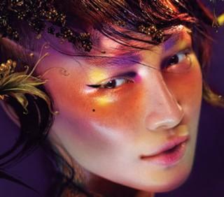 MAC festeggia l'anno del serpente con la nuova linea make-up