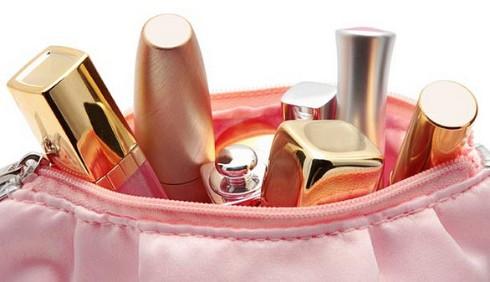 Make-up: i prodotti essenziali