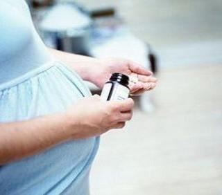 Acido folico in gravidanza: meno rischi di autismo