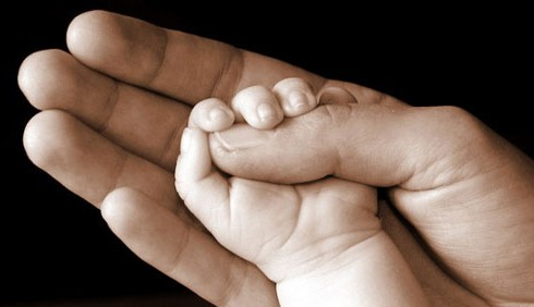 Corte UE: sì all'adozione dei figli del partner gay