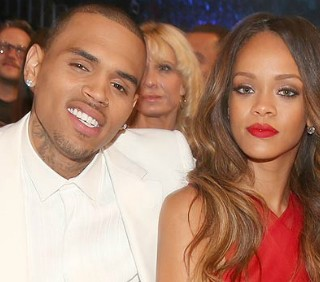 Seth MacFarlane contro Rihanna e Chris Brown