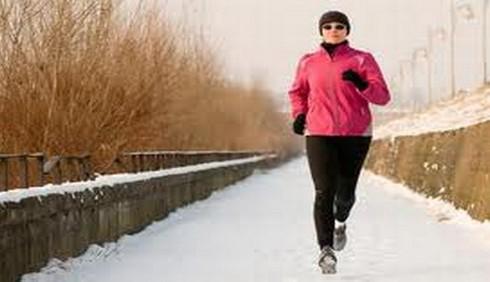 Attività fisica all'aperto in inverno: consigli