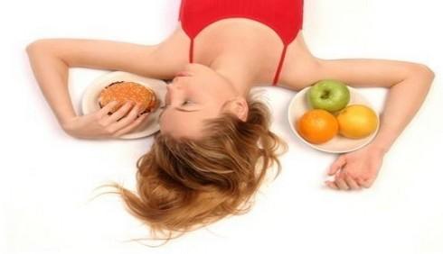 Dieta dimagrante, quanto resistiamo prima di interromperla?