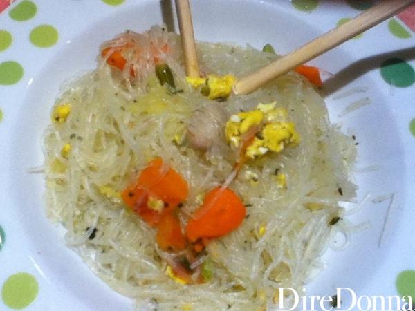 Ricetta pronta Spaghetti di soia con verdure e uova
