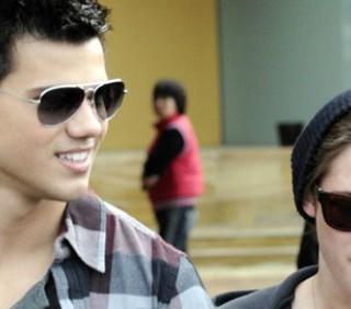 Kristen Stewart flirta con Taylor Lautner?