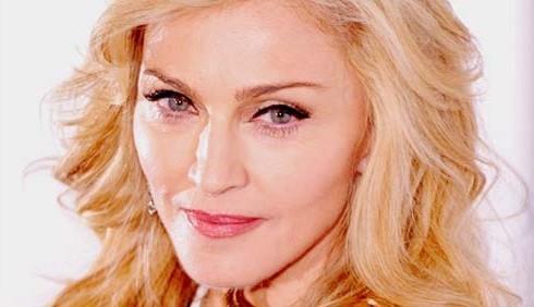 Madonna in lutto per il produttore che l'ha scoperta