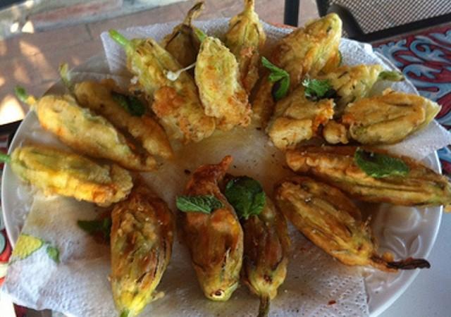 Halloween ricette per cucinare fiori di zucca ripieni - Ricette per cucinare ...