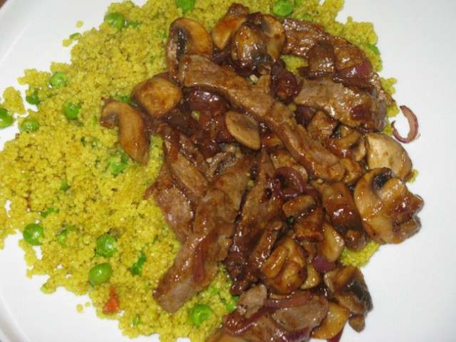 Cucinare il cous cous ai funghi una ricetta d 39 autunno for Cucinare cous cous