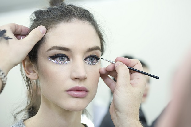Make Up Primavera Estate 2014 CHANEL Haute Couture: cat eyes e eyeliner scintillante