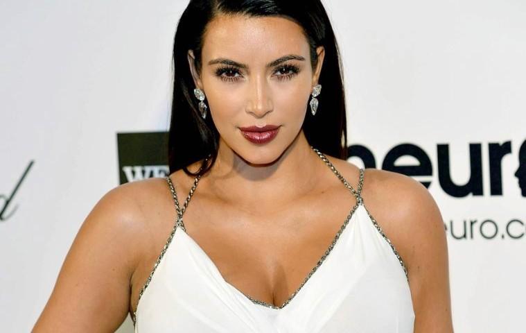 Kim Kardasian sesso video Mortal Kombat lesbica porno