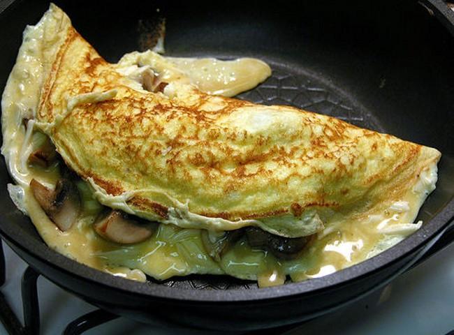 Come cucinare le uova nei grassi o in padella ricette for Cucinare x halloween