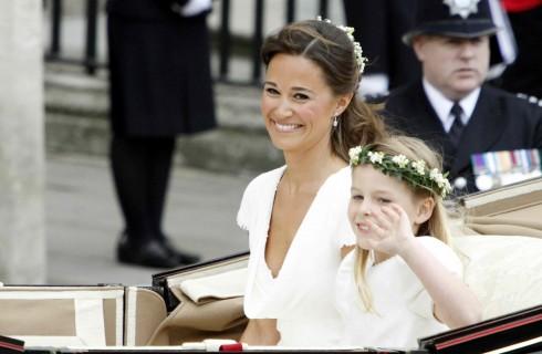 Pippa Middleton si sposerà in scarpe da tennis bianche?