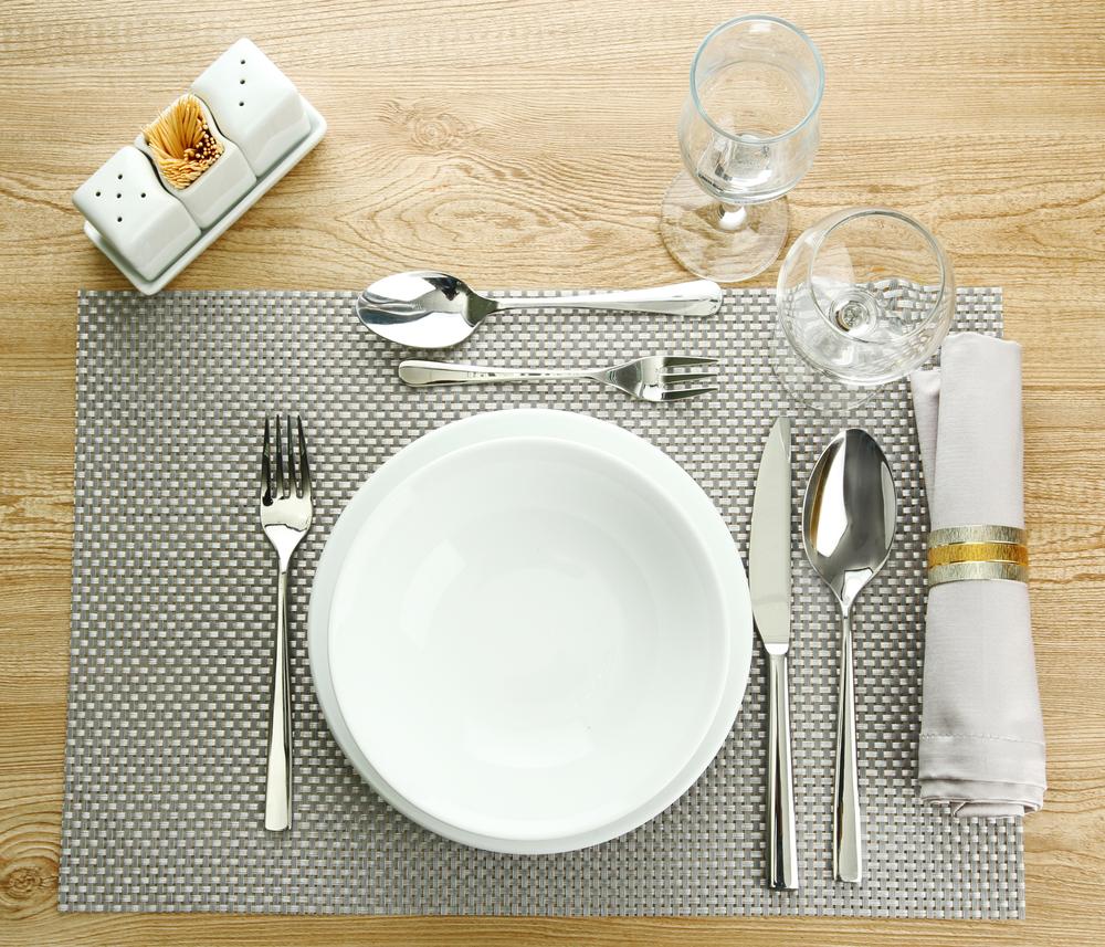 Come Apparecchiare La Tavola Galateo come si apparecchia la tavola: la mise en place secondo il