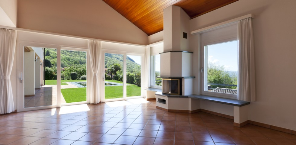 Arredamento moderno e pavimento in cotto un connubio for Case con arredamento moderno