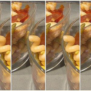 Insalata di riccioli, radicchio e wurstel: stuzzicante idea d'autunno