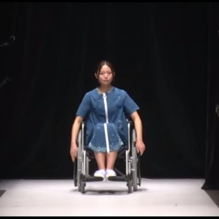 Mercedes Benz Fashion Week Tokyo: in passerella ragazze disabili e donne incinta