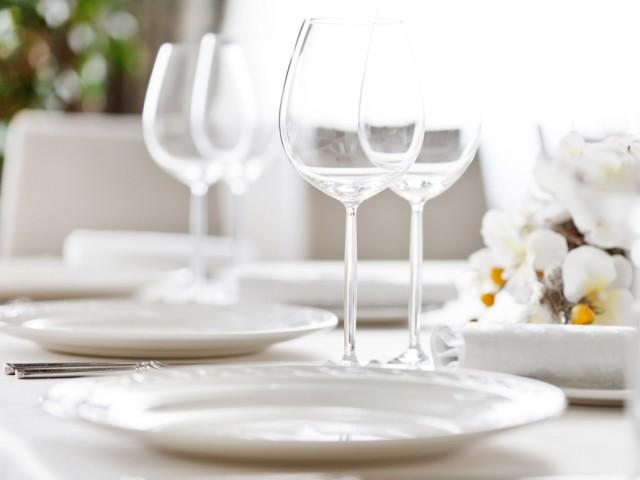 Apparecchiare la tavola le regole fondamentali diredonna - Apparecchiare la tavola galateo ...