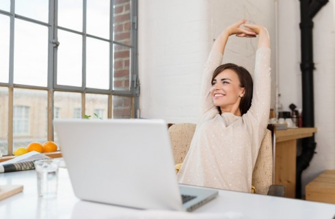 Esercizi stretching per combattere la sedentarietà