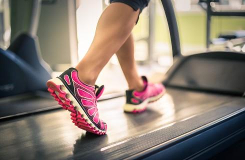 Esercizi per dimagrire: allenamenti con il tapis roulant
