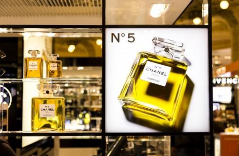 Chanel No 5: storia e curiosità del profumo più famoso al mondo