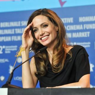 Angelina Jolie e il figlio nel prossimo film sulla Cambogia