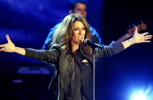 Celine Dion torna sul palco: