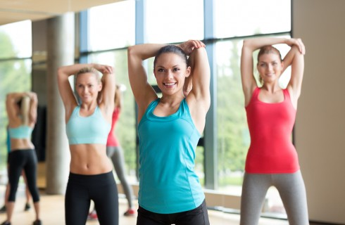 Esercizi a corpo libero: scheda completa e immagini