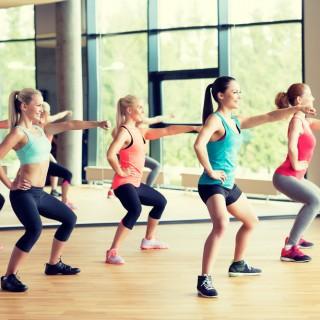 Rassodare i glutei: 10 esercizi da fare a casa o in palestra