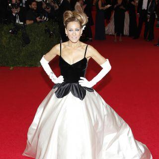 Sarah Jessica Parker compie 50 anni: gli outfit più belli