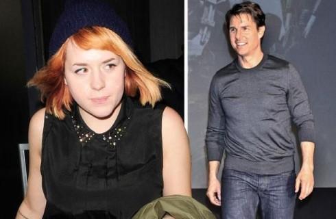 Lavoro da parrucchiera per la figlia di Tom Cruise e Nicole Kidman