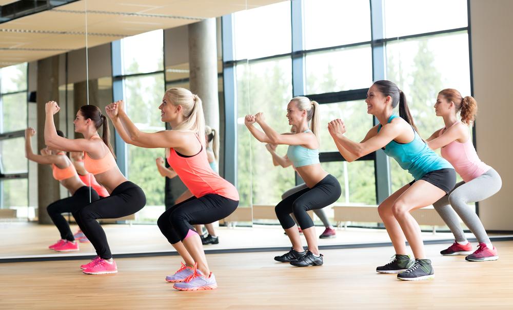 squat a corpo libero come eseguirlo in modo corretto