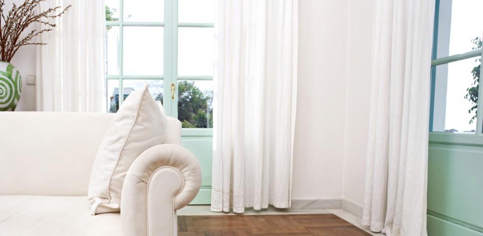 Tessuti per tende guida alla scelta diredonna for Tipi di tende da interno