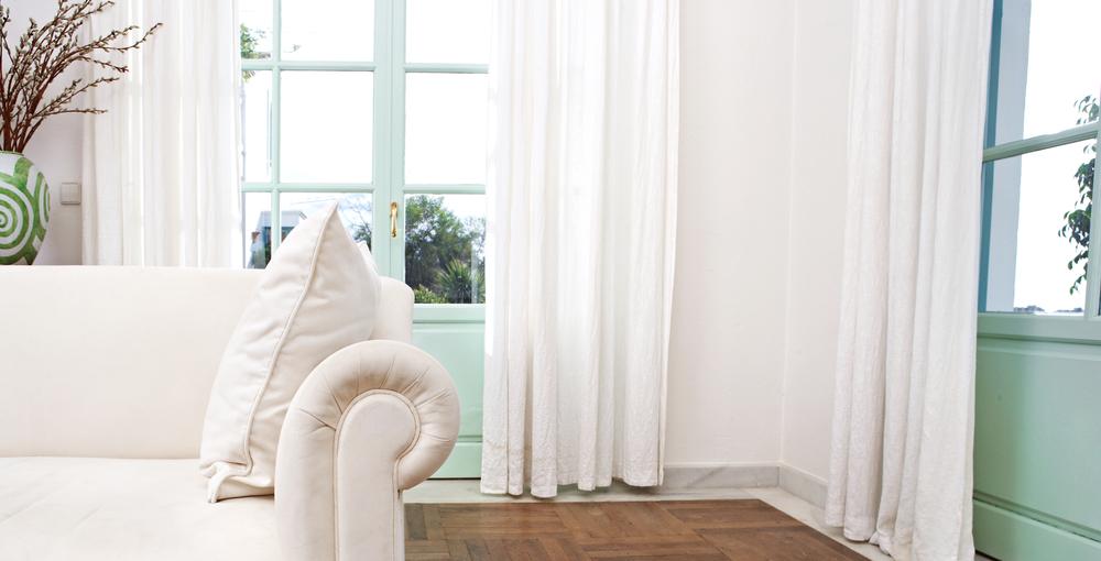 Tende Salone Bianco.Tessuti Per Tende Guida Alla Scelta Diredonna