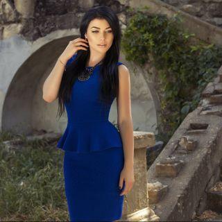 Tubino blu: scarpe e accessori consigliati