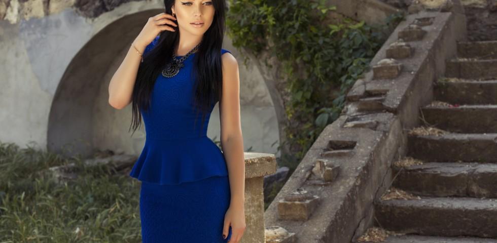 Tubino blu  scarpe e accessori da abbinare  39fb952757a