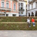 Lugano al verde, divano vegetale