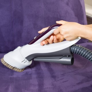 Come pulire l'alcantara: 5 trucchi