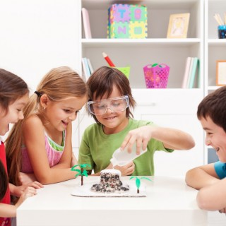 Quattro esperimenti per bambini da fare in casa