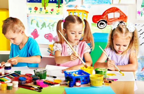 Giochi educativi per bambini: 10 giochi da fare all'aperto o al chiuso