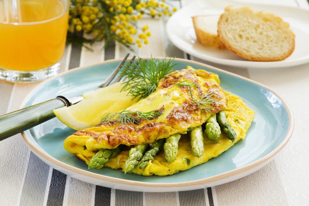 omelette agli aspargi